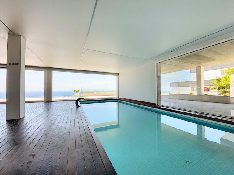binnenzwembad appartementencomplex
